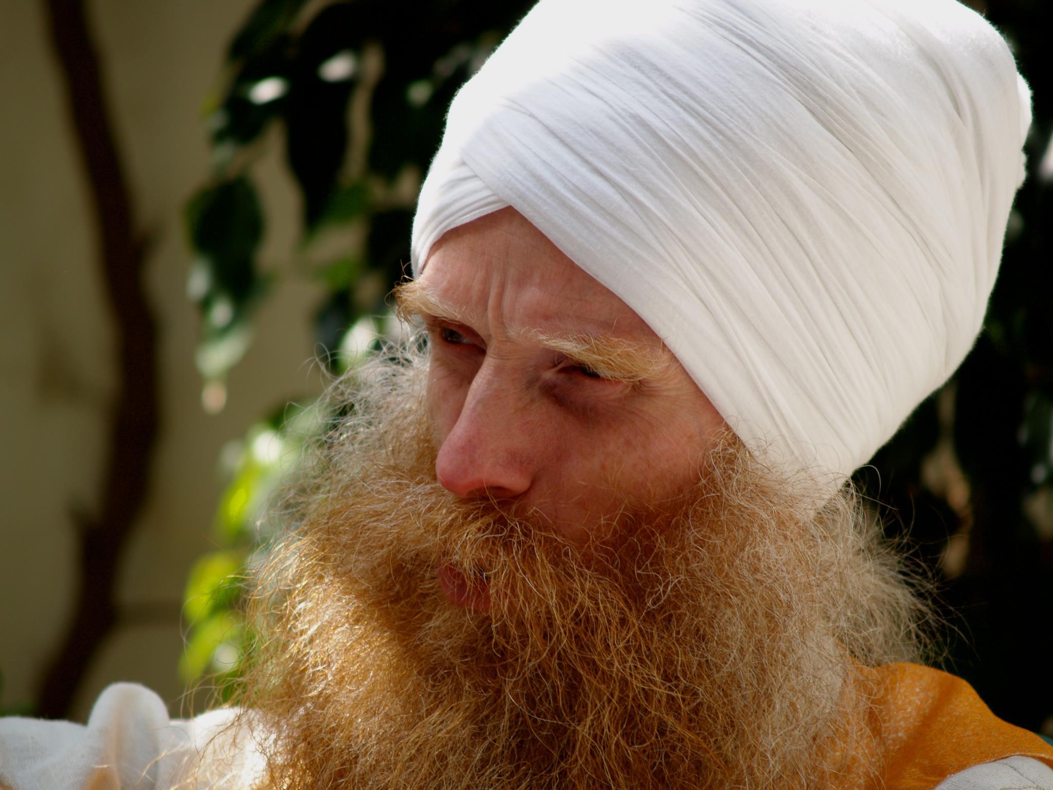 SOOVID SAADA JOOGAÕPETAJAKS? Kundalini jooga meister Shiv Charan Singh koolitab Eestis uusi teejuhte