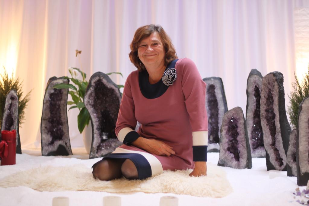 INTERVJUU! Maire Taska viib tarokaartidega läbi konstellatsiooni, mis avab inimesele pääsu omaenda saladuste juurde