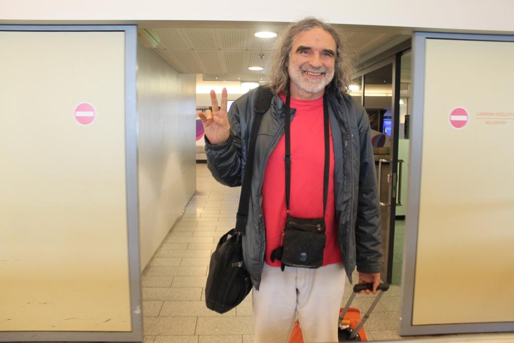 Fotod lennujaamast! Veet Mano juhendab täna Tao keskuses AUM-meditatsiooni