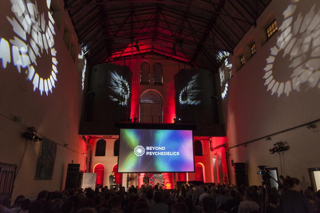GoodNews sõidab Prahasse suurele psühhedeeliakonverentsile