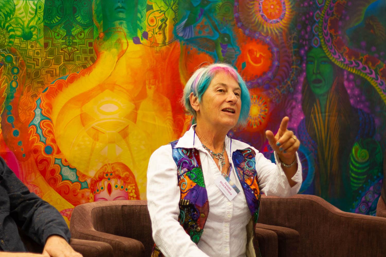 VIDEO I Briti psühholoog ja kirjanik Susan Blackmore: ükski teadvuseteooria pole täiuslik, kui jätab kõrvale müstilised ja muutunud teadvuseseisundid