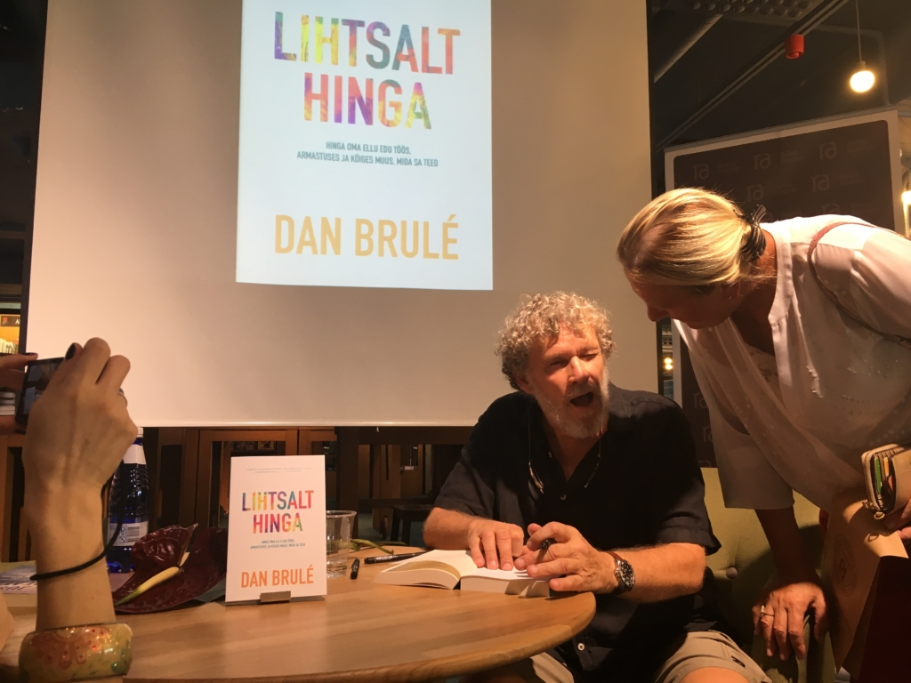 Dan Brule Tallinnas raamatu esitlusel4