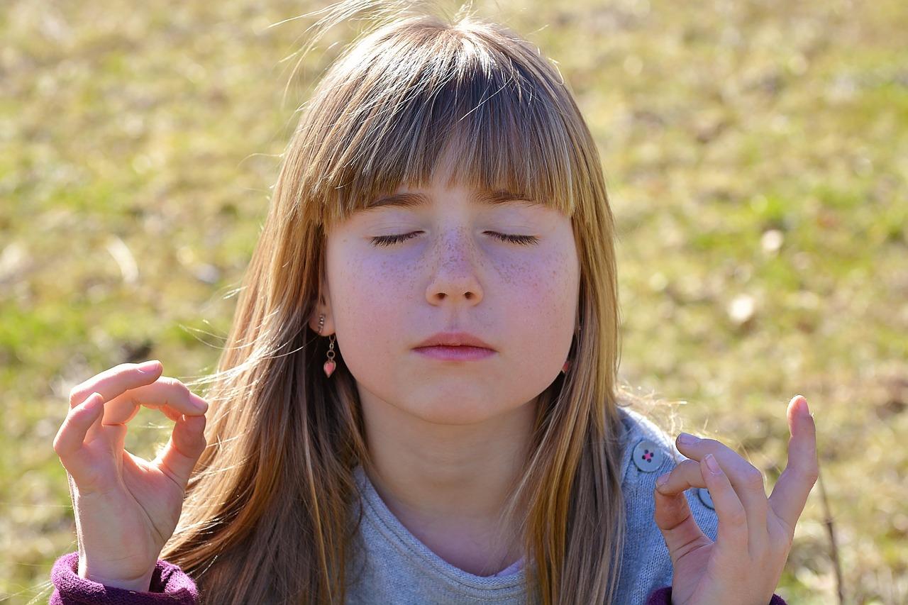Pärast tunde jäetud õpilased pandi mediteerima. Tulemused on imelised!