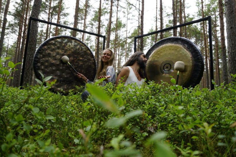 Jagaspace mängib Haapsalu Joogafestivalil öö läbi gongihelisid