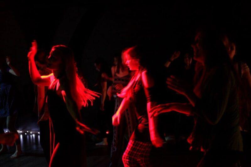 Väetantsud: hingan, tantsin, tunnen, elan kogu hingest!